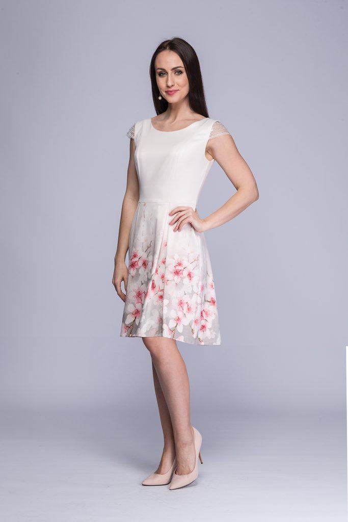 008 suknia Karina różowe kwiaty